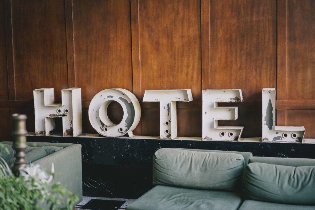booking.com travel app