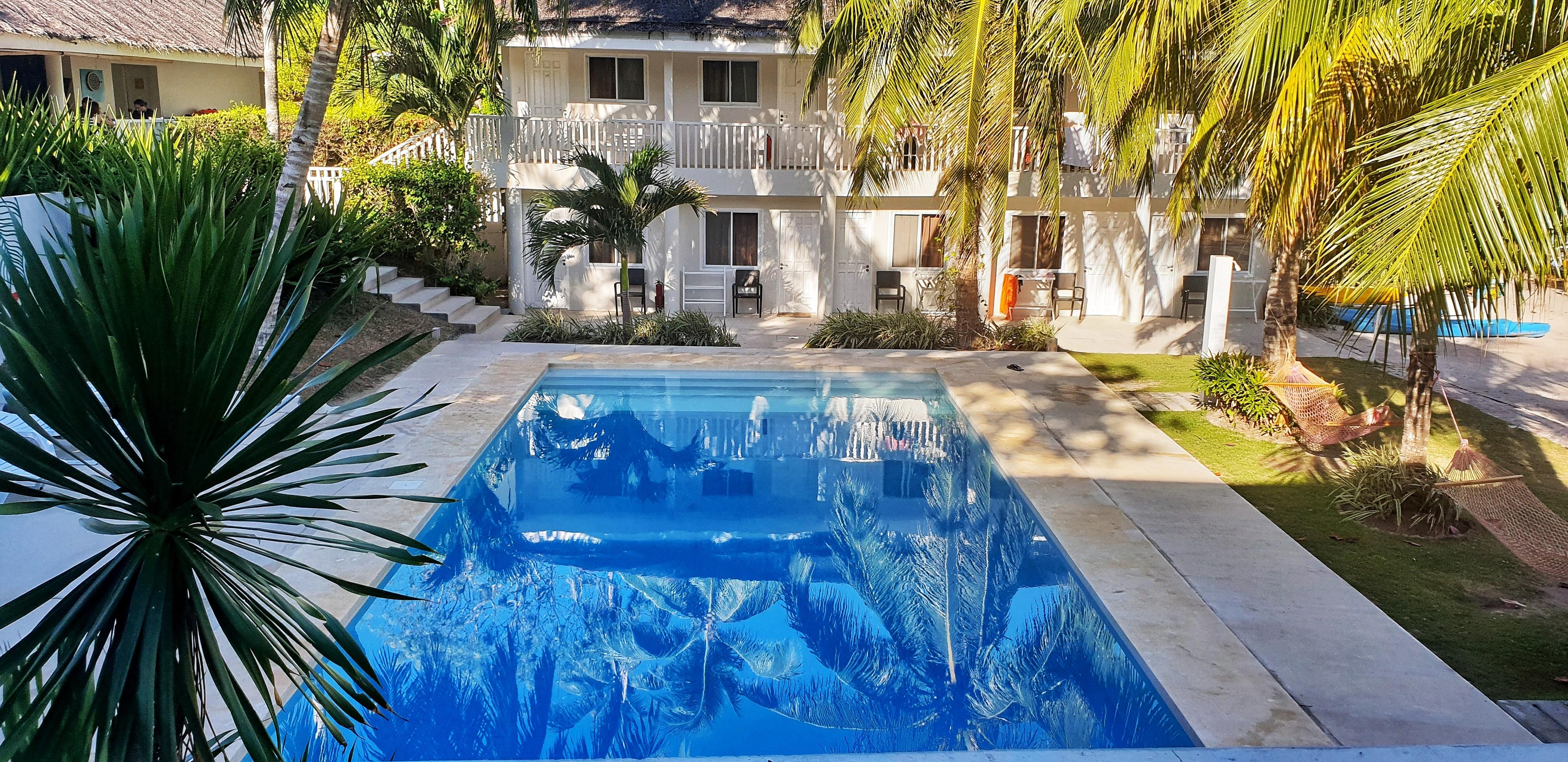 Momo Beach House Room and Pool, Bohol, Philippines