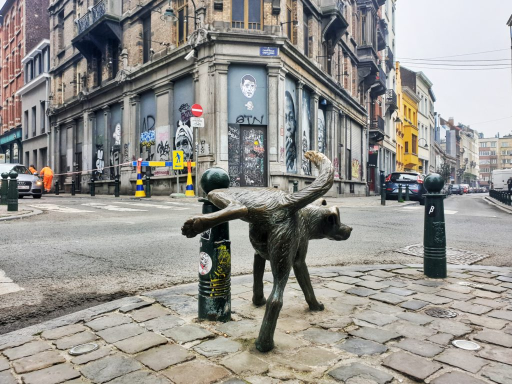 Peeing Dog, Brussels, Belgium