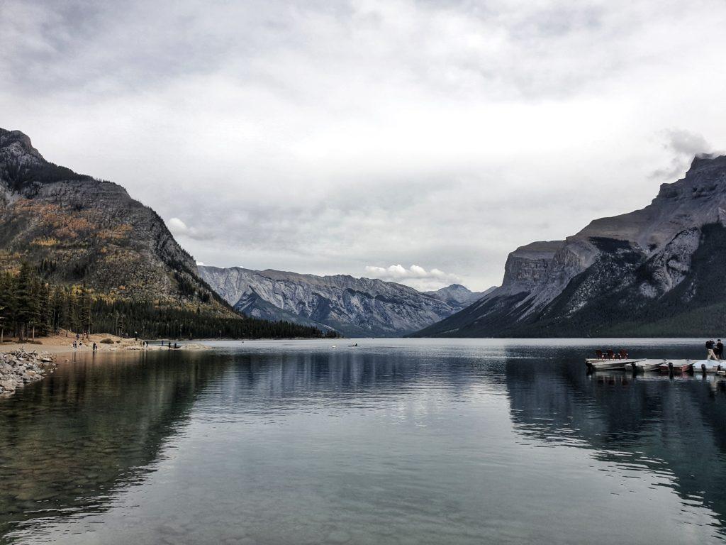 Cruise around Lake Minnewanka, Banff, Canada